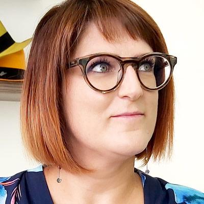 Jennifer Namur lunettes Dieu Opticien