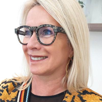 Laurence Namur lunettes Dieu Opticien